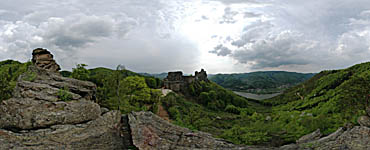 Aggstein - click to enlarge (177kB)